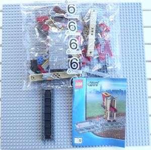 LEGO CIY RAINS 3677 Red Cargo rain Rock Conveyor Bel *NEW, GREA