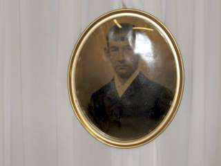 Antique Gold Oval Frame Bubble Glass Photo Of Man