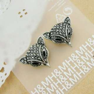 Vintage Style H&M Charming Crystal Silver Fox Earrings Stud 468
