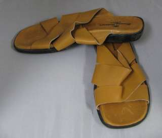 NEW TOMMY BAHAMA LIGHT BROWN LEATHER MENS CASUAL SLIDE SANDALS/SHOES