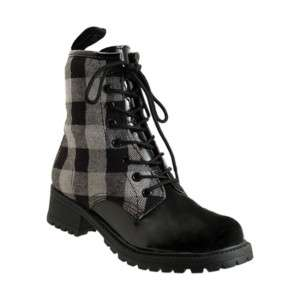 BY GUESS LAKLY COMBAT ANKLE BOOTS BLACK PLAID PATENT