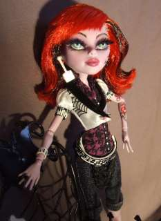 Operetta repaint Monster High by Michelle Candace   Enchanted Ones