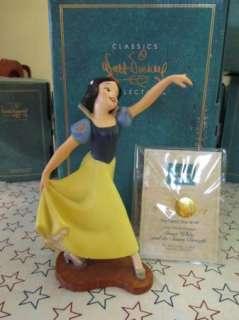 WDCC Disney Snow White The Fairest One of All Figurine in box w/coa