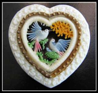 VTG Old ART DECO CELLULOID Openwork COUPLE DOVES LOVE HEART BROOCH PIN