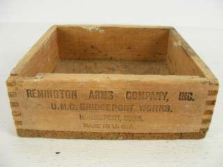 Old Remington UMC red top air rifle shot wood ammunition dovetail box