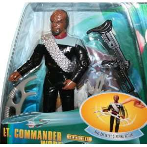 WORF Star Trek The Next Generation 1998 Warp Factor Series 1 Action