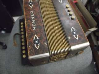 Hohner Accordion 10 Button antique!!