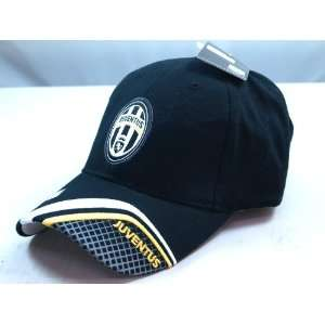 JUVENTUS OFFCIAL TEAM LOGO CAP/HAT   JU003 Sports