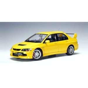 Mitsubishi Lancer EVO IX GSR 1/18 Yellow Toys & Games