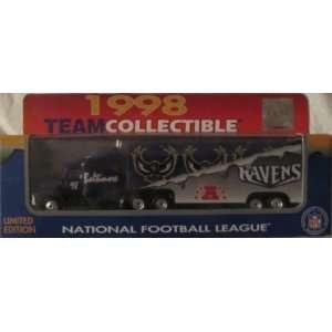 Baltimore Ravens NFL Diecast 1998 Matchbox Tractor Trailer Football
