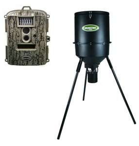 NEW MOULTRIE Game Spy D 55IR Digital Trail Camera + 30 Gallon Tripod