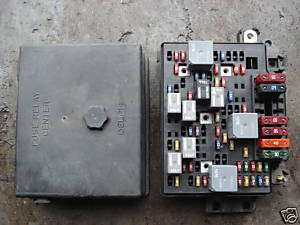 FUSE RELAY BOX CHEVY S10 TRUCK BLAZER SONOMA 15312410