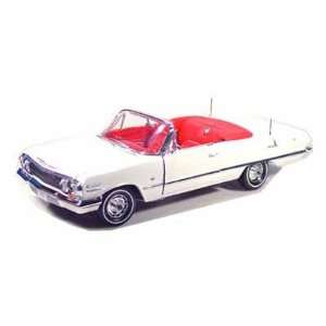 1963 Chevy Impala SS Convertible 1/18 White Toys & Games