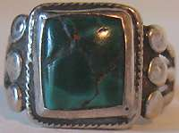 VINTAGE NAVAJO INDIAN STERLING SILVER SQUARE GREEN TURQUOISE RING