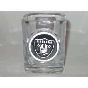 OAKLAND RAIDERS Logo SHOT GLASS with Pewter Logo: Sports