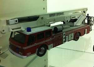 Corgi Diecast Fire Truck Dennis F125 Simon Snorkel SS263 Bedfordshire
