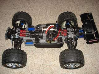 Revo 5608 Brushless Castle Creations Mamba Monster Truck E Maxx