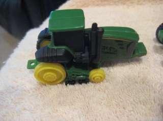 Lot of ERTL Farm Country John Deer Tractors Animals 1/64