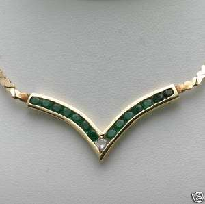 New 14k yellow gold Emerald & Diamond V Necklace WOW