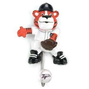 Pack of 6 MLB Detroit Tigers Hand Painted Baseball Mascot